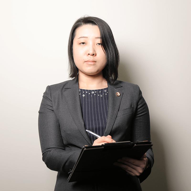 シニアアソシエイト 弁護士 稲垣 美鈴